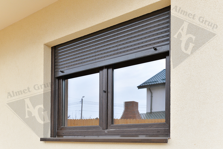 Exterior roll shutters almet grup for Roll up window shutters exterior